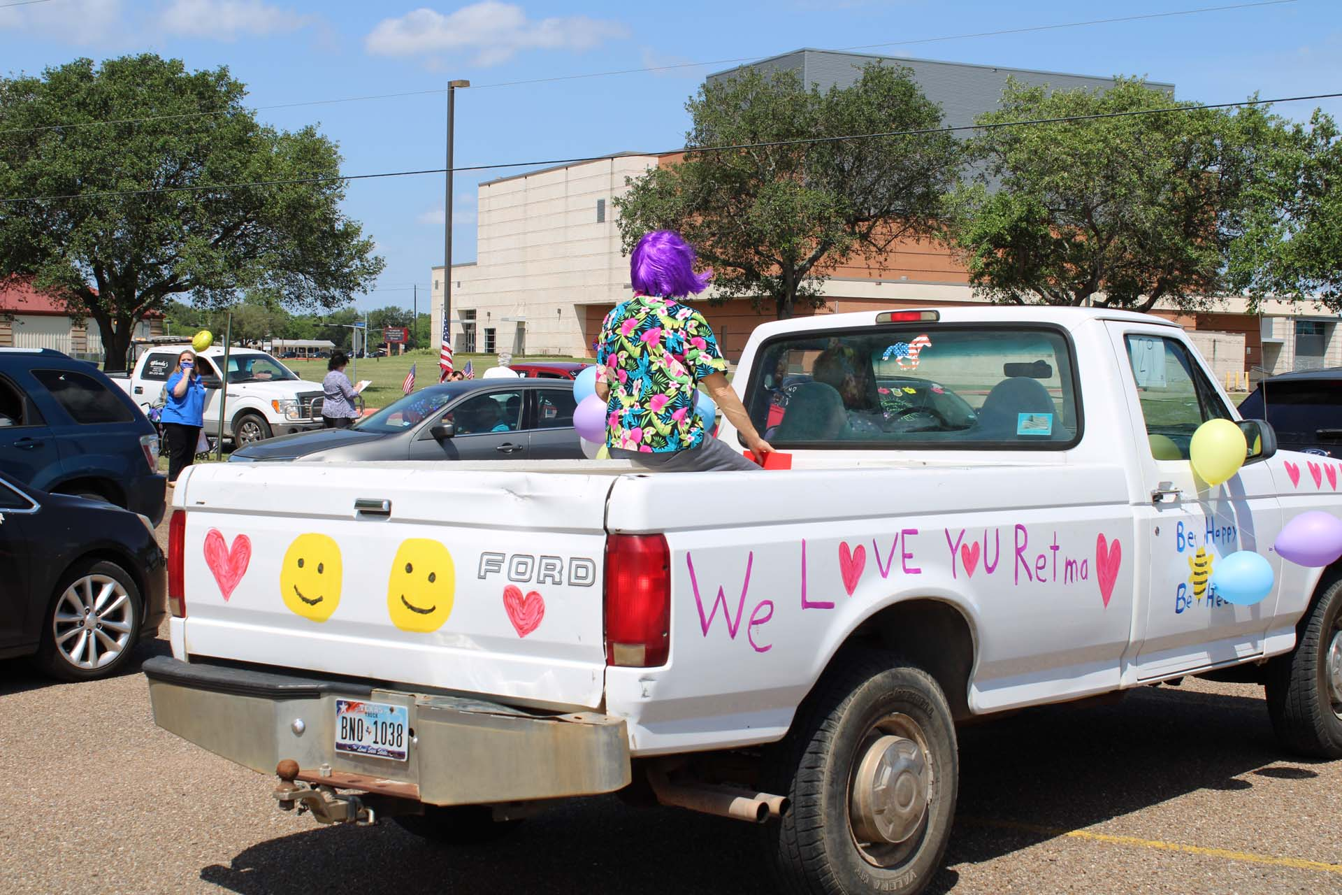 Truck in Retama Manor parade